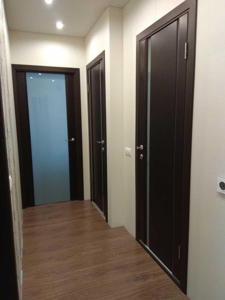 установка межкомнатных дверей в квартире по правилам