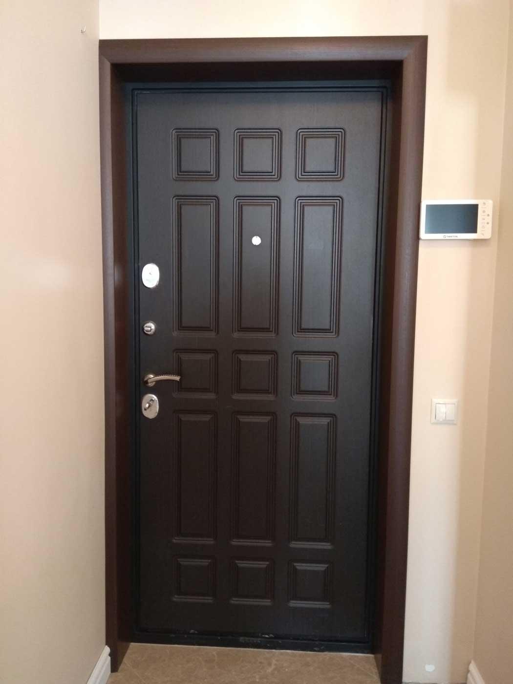 дверной откос входной двери
